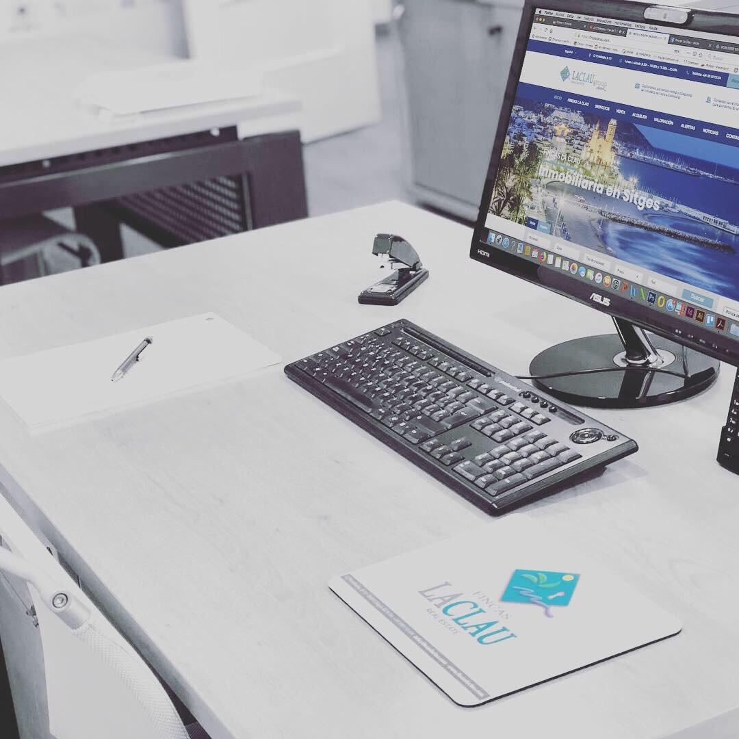 NEW OFFICE · FINCAS LA CLAU EN BARCELONA